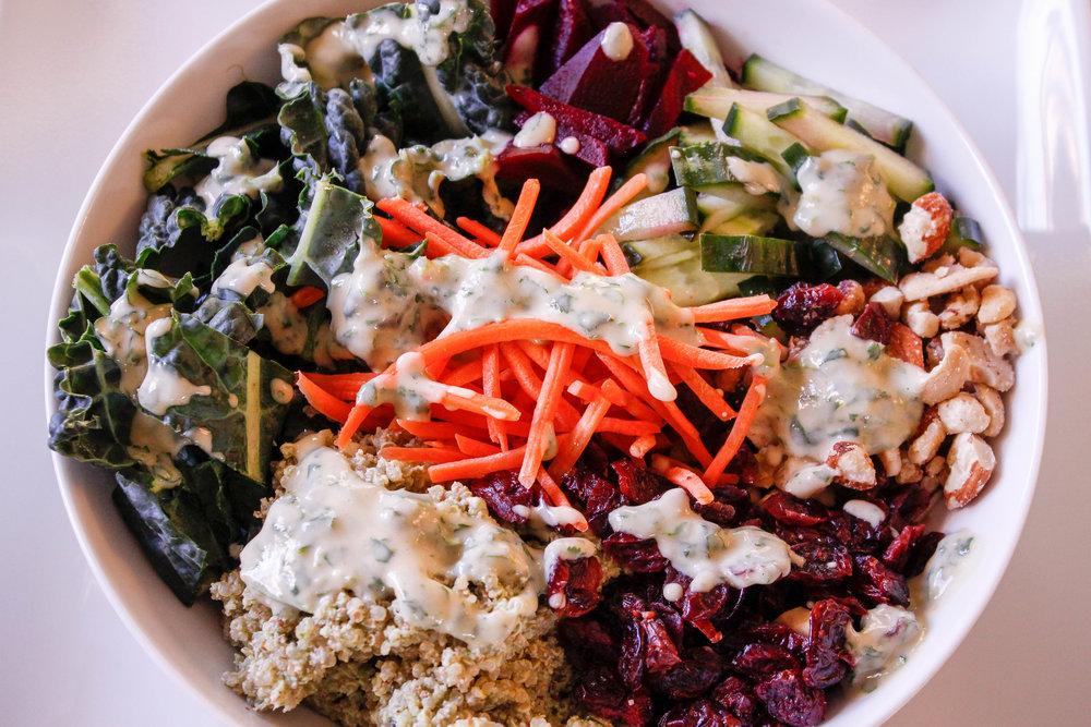 Kale Quinoa Bowl with Lemon Herb Pesto