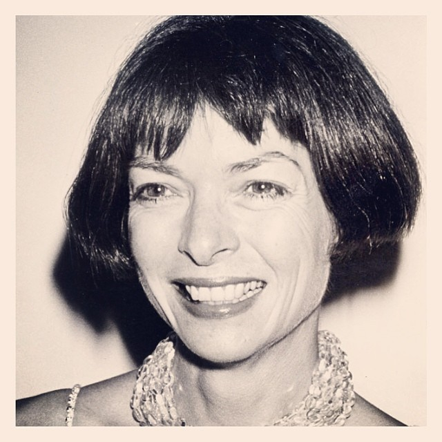 happy Monday! a young, smiling Anna…  #annawintour