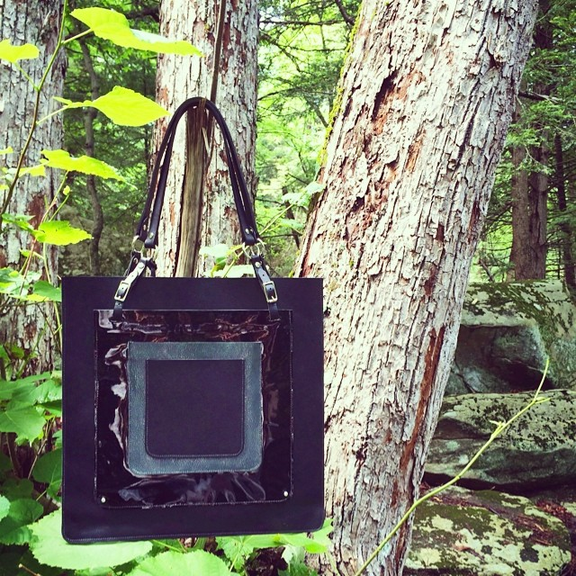 HEART OF STEEL Convertible Bag. 2 bags in 1! Front pocket detaches to make its own, smaller tote. Main bag fits laptop and more, detachable front pocket fits iPad and more! available on mandycoon.com x  #bagoftheday #botd #intothewoods #handmade