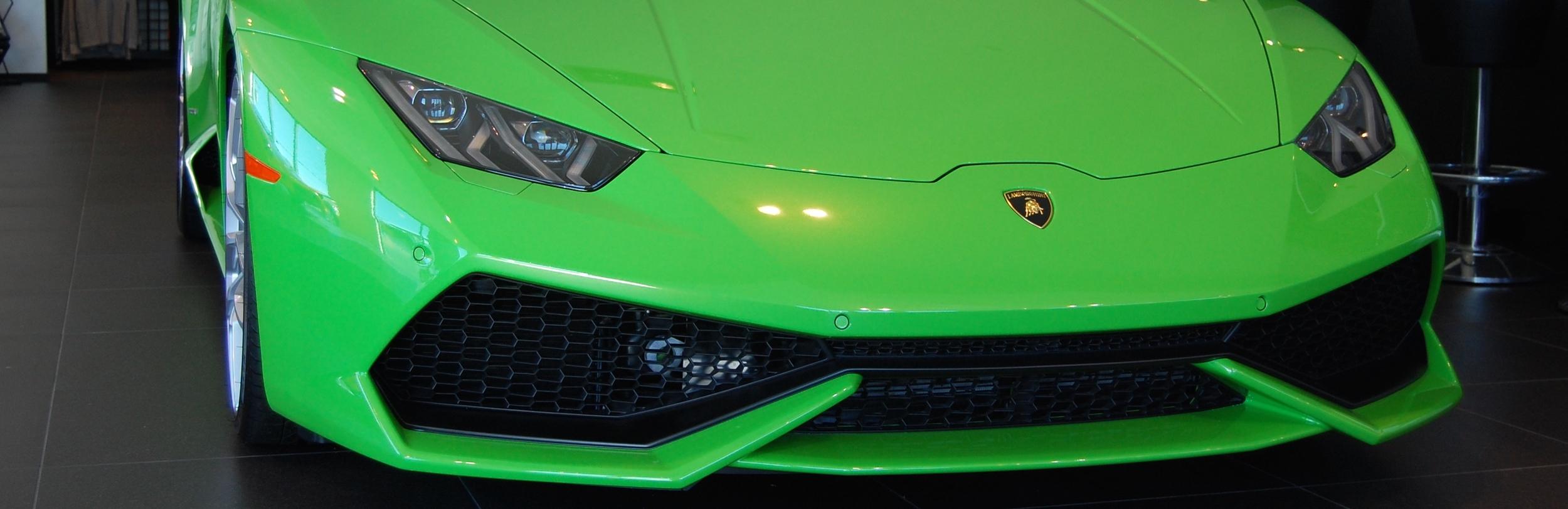 2015 Lamborghini Huracan Road Tests Photos