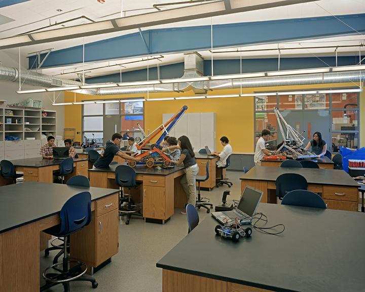 BA_HTHLA_Robotics Lab.jpg