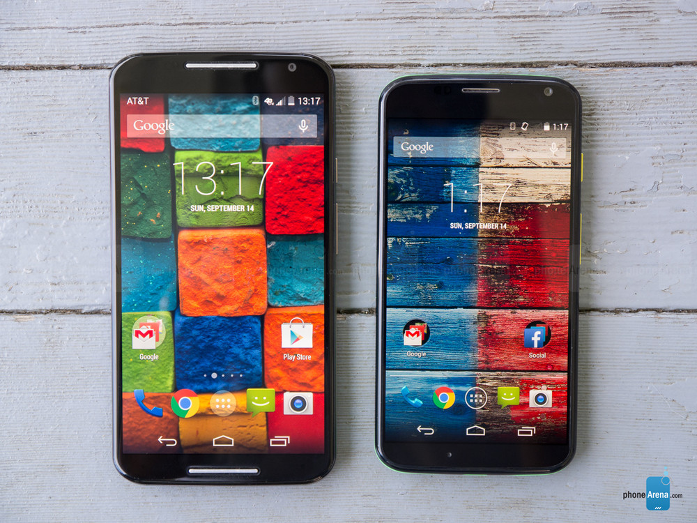 Left: 2014 Moto X, Right: 2013 Moto X  (Source:  Phone Arena )