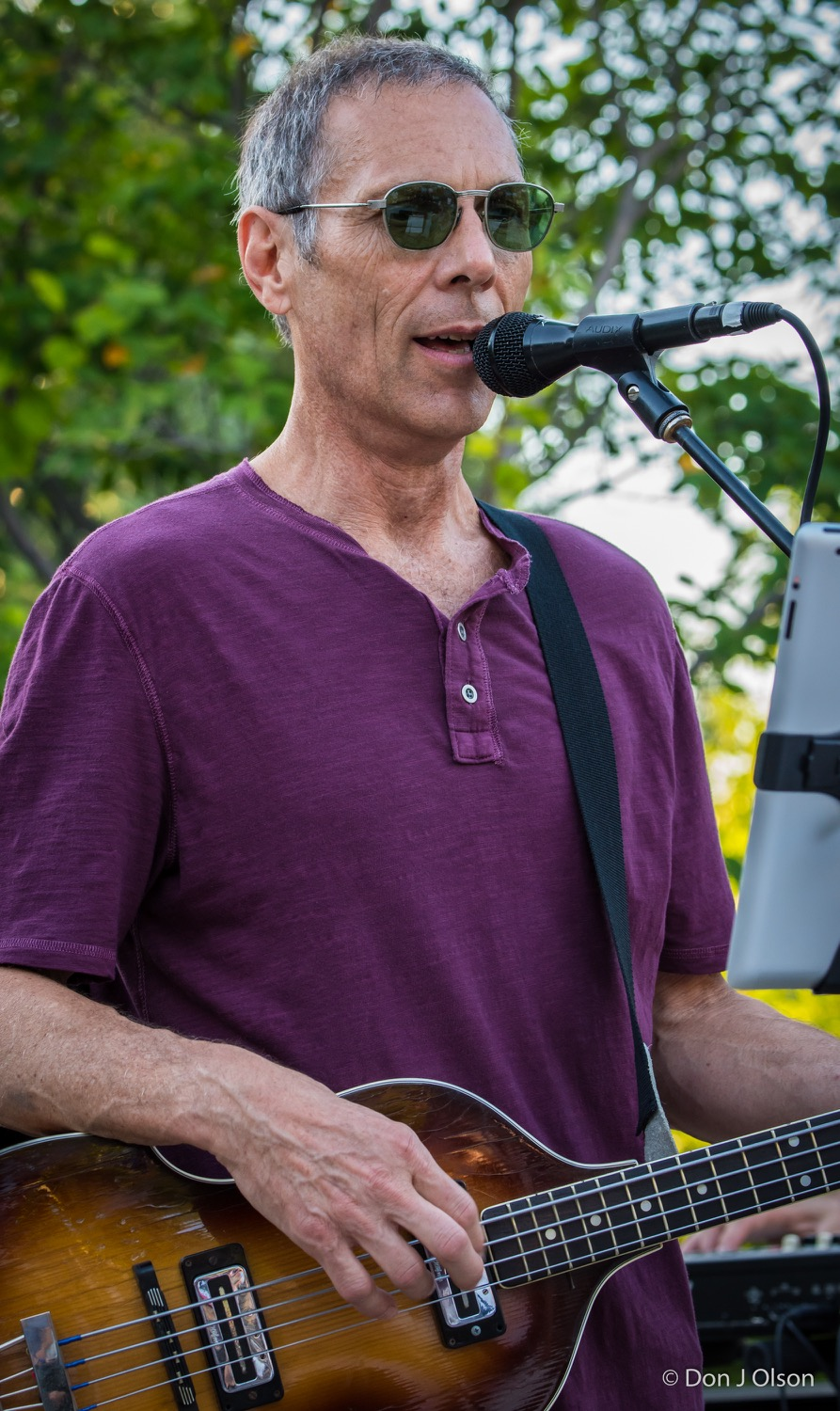 Gary Lopac / The Veterans' Memorial Wolfe Park Amphitheater / St. Louis Park, Minnesota / August 1st, 2015