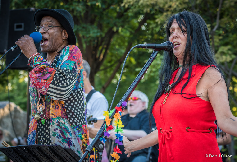 Stan Kipper and Barbara Meyer / The Veterans' Memorial Wolfe Park Amphitheater / St. Louis Park, Minnesota / July 29th, 2017