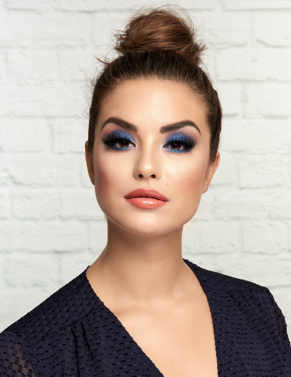 COVERGIRL_BLUEEYESHADOW_LOOK2_071_retouched.jpg
