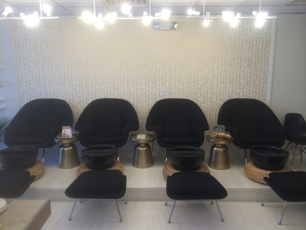 pedicure chairs.png