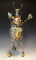 Robot 90711 Loves To Watch Hoppy On Channel 4   16x7x7  porcelain  $349_jpg.jpg