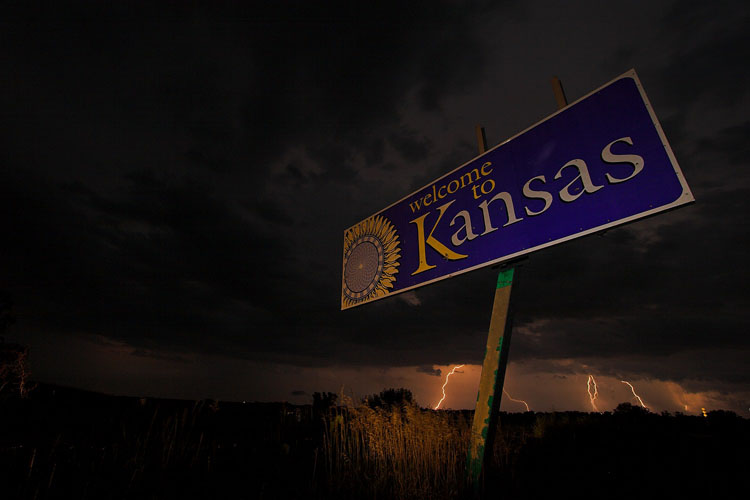 Welcome to Kansas-(KL114)