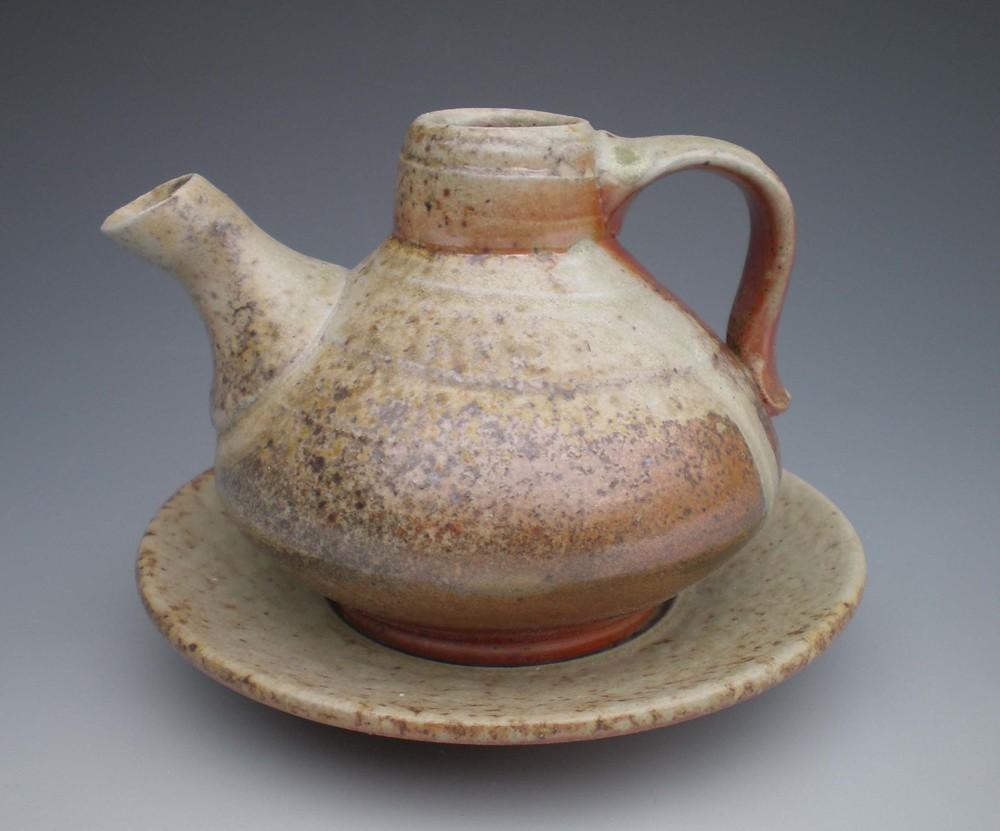 Cruet (CA9) ceramic $50