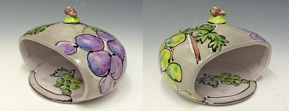 Grape Sponge Ball 5x7x7 ceramic $40
