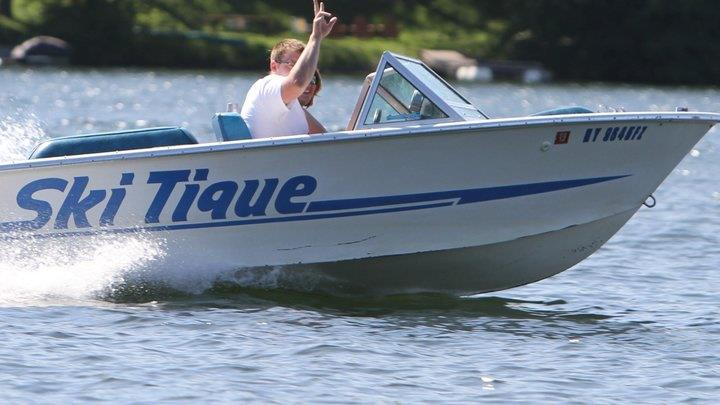 jono ski boat.jpg