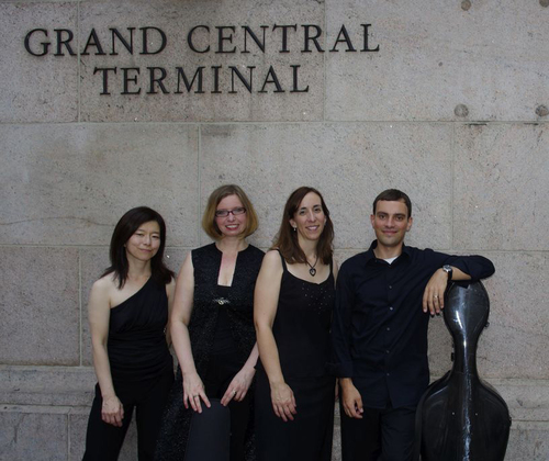 Nancy Kito (harpsichord), Marika Holmqvist (violin), Susan Graham (flute), David Himmelheber (cello)