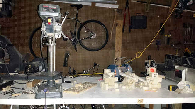 Work bench with robots