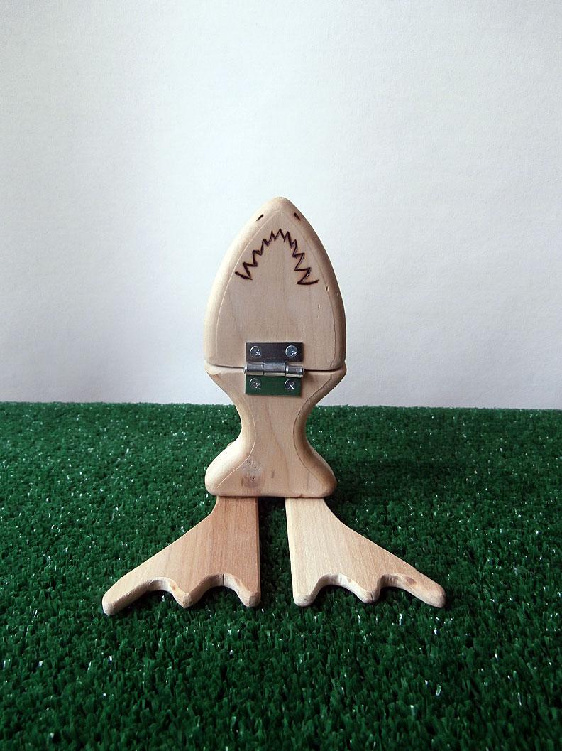 Flipping shark
