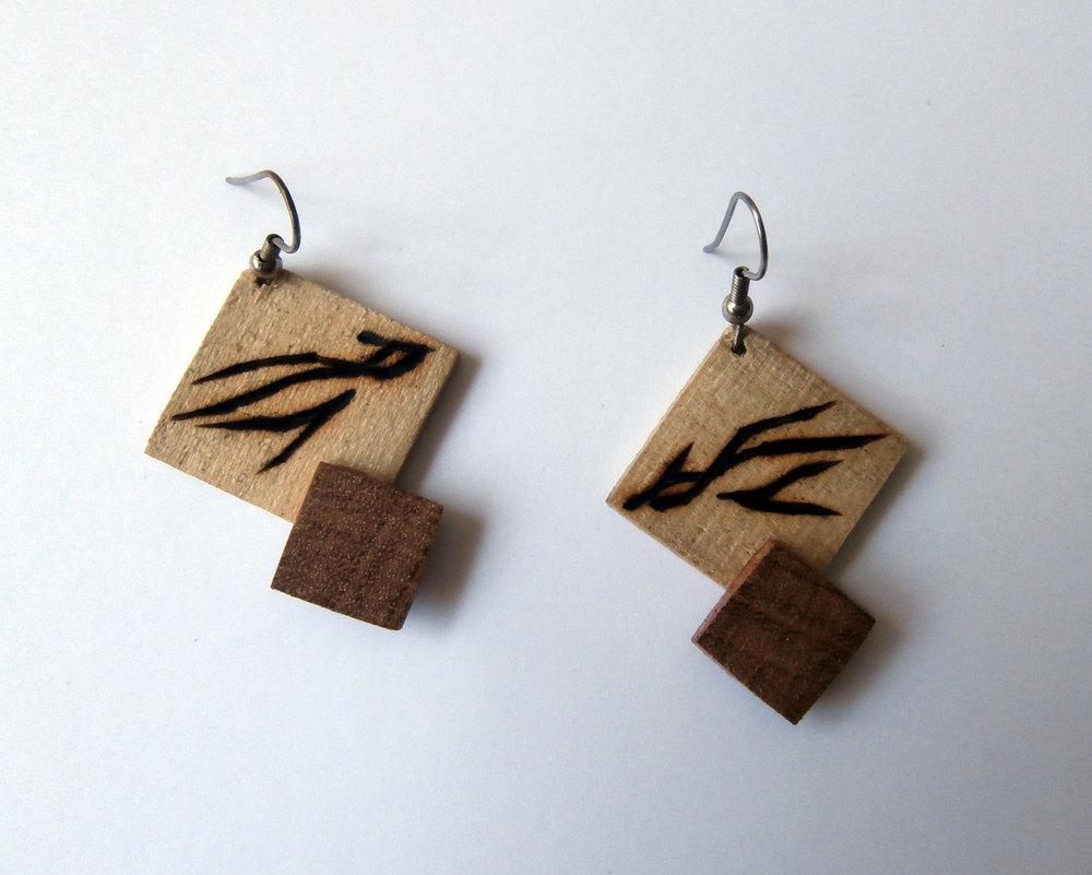Poplar and mahogany earrings with wood burnt bird motif