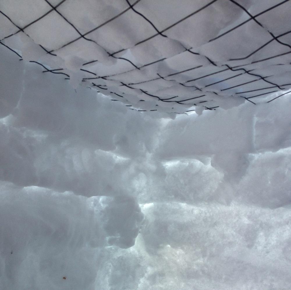 snowfort3.jpg