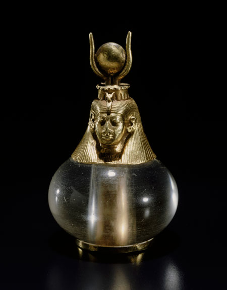 Preggers.  Hathor-headed crystal pendant, Nubian, Napatan period, reign of Piankhy (Piye), 743–712 BCE. Gold, rock crystal. Harvard University—Boston MFA expedition. (Photo courtesy of Museum of Fine Arts, Boston)