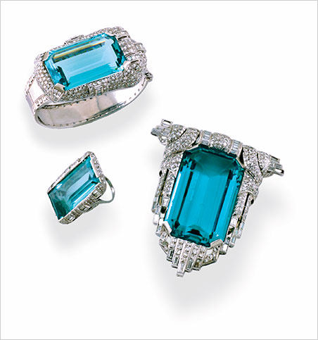 Goodness had nothing to do with it. Aquamarine Suite of Mae West. Platinum, diamond, and aquamarine. Neil Lane Collection. (Photo: © Museum of Fine Arts, Boston)