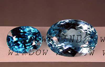 """If a gem is cut too shallow, light will pass straight through, rather than returning to the eye as brilliance. This is termed a """"window"""" (right). In well-cut gems, most light returns as brilliance (left). Brilliant areas are those showing bright reflections. Extinction is used to describe dark areas where little or no light returns to the eye. Photo: Wimon Manorotkul"""