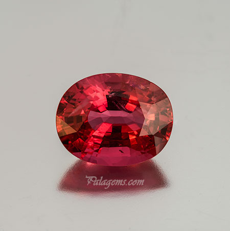 Ho ho whoa! Natural pink spinel from Mogok, Burma, 7.33 carats, 13.65 x 10.84 x 6.71 mm, Inventory #22156. Photo: Mia Dixon.