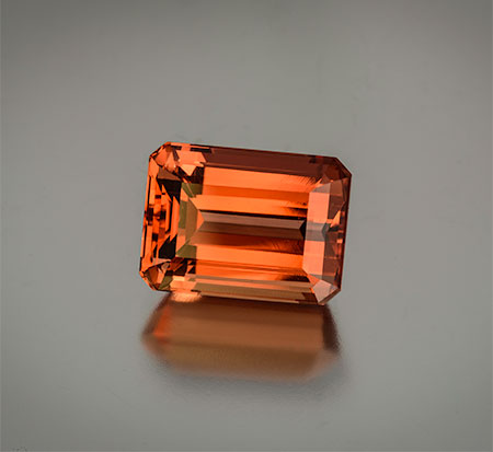 Regal rerun. Natural imperial topaz from Brazil, 22.72 carats, 17.16 x 12.59 x 10.15 mm, Inventory #22218. Price available upon request. (Photo: Mia Dixon)