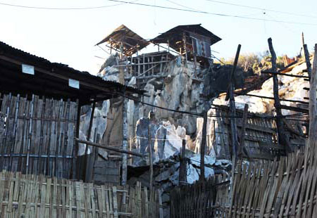 A mine in Mogok, with outbuildings perched up top. (Photo courtesy George Shen)