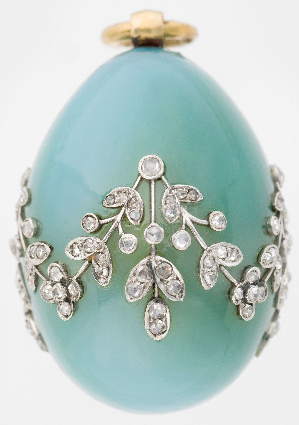 Carl Fabergé (1846–1920), Fabergé workshop, Mikhail Perkhin (workmaster). Miniature Easter Egg Pendant, about 1900. Chalcedony, gold, white gold, diamonds. 3.2 x 2.2 cm. Virginia Museum of Fine Arts, Bequest of Lillian Thomas Pratt. Also featured in Faberge, Jeweller to the Czars last year at the Montreal Museum of Fine Arts. (Photo courtesy The Montreal Museum of Fine Arts)