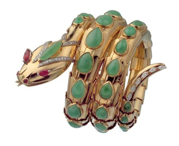 Snake gold bracelet  with jade, rubies and diamonds. 1965 Bulgari Heritage Collection. (Photo courtesy Museo di Roma)