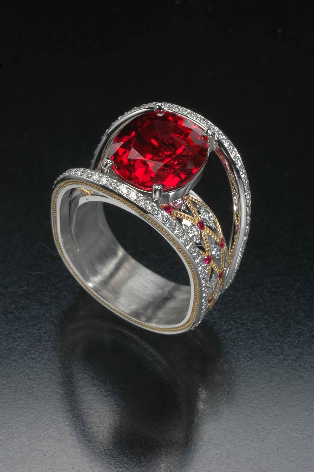 An exceptional 7.23-carat Thai-type ruby from Cambodia in a ring designed by Zoltan David. Wise discusses the color attributes of this material in Chapter 22, Ruby. (Photo: Jeff Scovil, courtesy R. W. Wise, Goldsmiths)