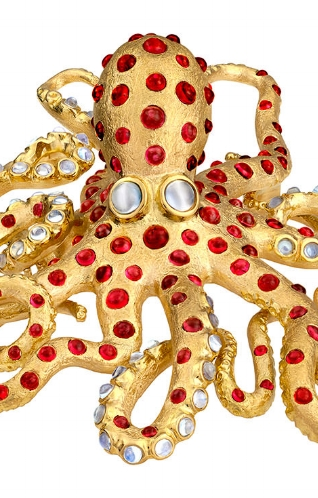 ILLUMINATIONS: EARTH TO JEWEL Master jewelry artist Paula Crevoshay's Paris show. READ MORE »