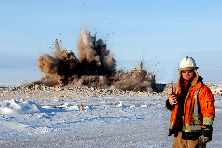 First blast at the Gahcho Kué diamond mine. (Photo: Mountain Province Diamonds press image)