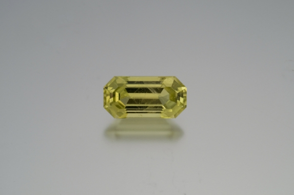 9.11 cts. brazilianite, Inventory  #18523 . (Photo: Mia Dixon)