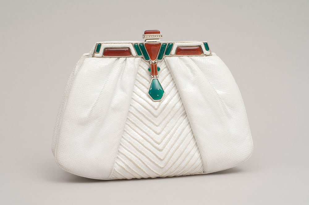 White karung frame bag with cornelian and agate, 1981. (Photo: Gary Mamay, courtesy the Leiber Collection)