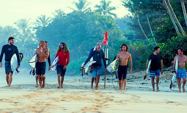 M O M E N T U M  G E N E R A T I O N We are thrilled to present this highly anticipated film telling the never before heard stories of friendships, rivalries, heartaches, struggles and triumphs behind the rise of surfing's most legendary crew, @kellyslater @rob_machado @rosswilliamshawaii @taylor_knox @shanedorian @kalanirobb @benjiweatherley @patchy_o and @taylorsteele . Not realizing it at the time, this posse went on to change the history of not only the surf world and surf films, but popular culture too. . Director Jeff Zimbalist will be in attendance. . You won't want to miss this surf film event of the year! . Saturday Oct. 6 8:45 pm screening . . . . . . #yew #welovesurffilms #surffilmfestival #scsurffilmfest #seamovies #surfmovies #surffilms #surfcinema #spreadingstokethroughfilm #surfdocs #santacruz #surfing #surfers #surftrip #surfinglifestyle #waves #surfingwaves #california #filmfestival #surffilm #surfmovie #surf #surflife #legends #surflegends
