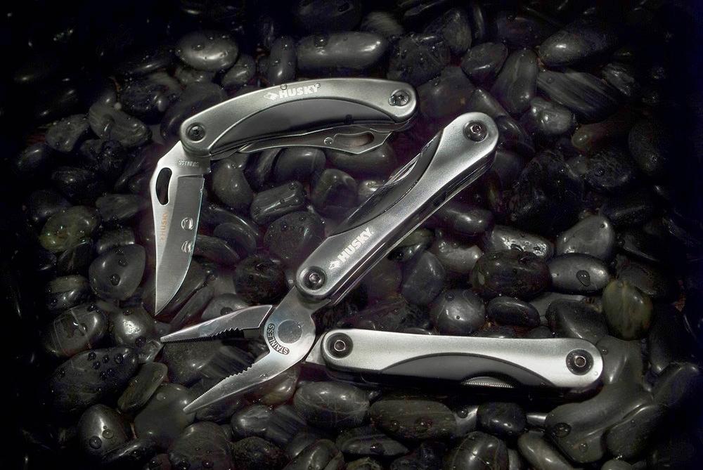 Husky Knife.jpg