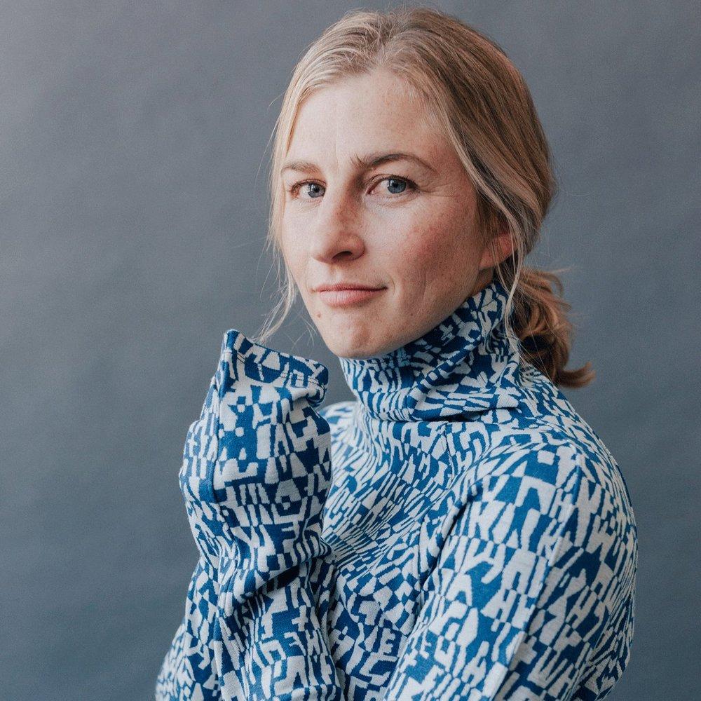Caitlin Foster x Oiselle - Woven design for Oiselle.