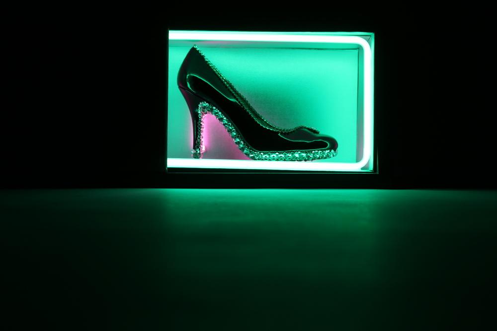 Neon, 11x8x26