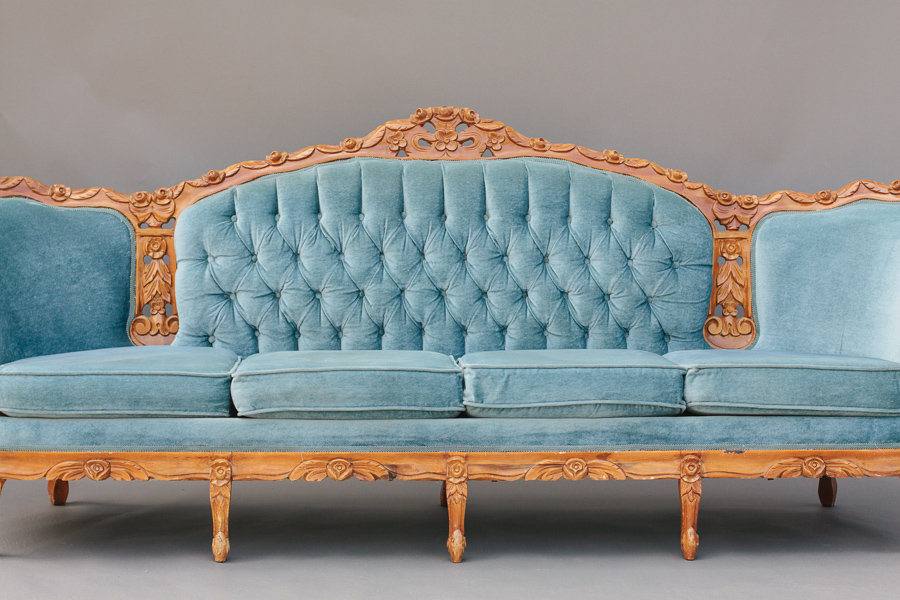 Dogwood Party Rentals | Blue Velvet Sofa