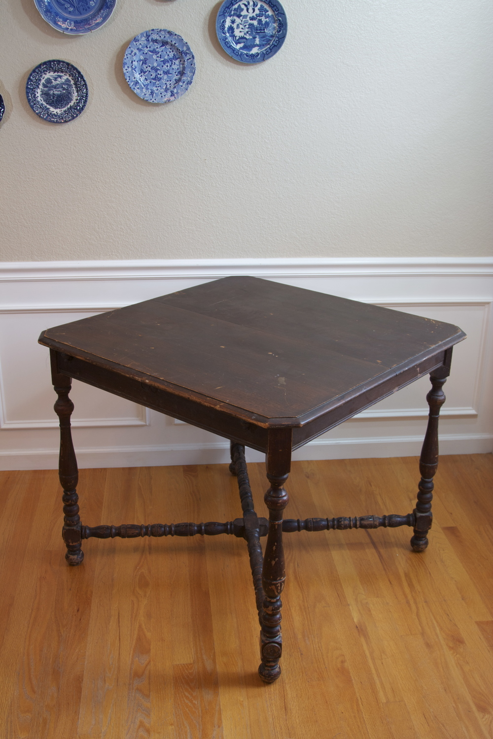 MILDRED TABLE