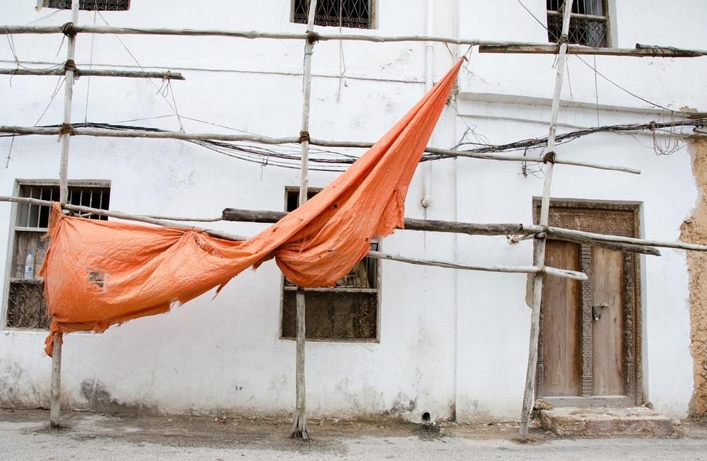 Construction in Zanzibar (via smallthingsinbignumbers.com)