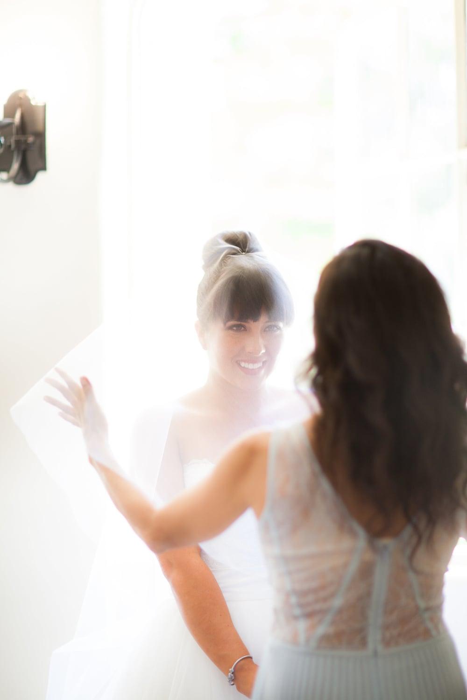 Alisha Phil Married-Girls Getting Ready-0124.jpg