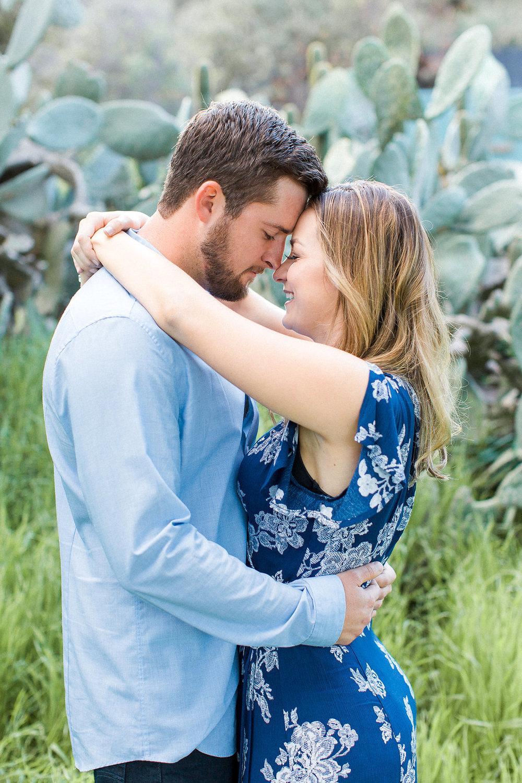 Dulcet_Weddings_Lake_Hodges_Engagement-44.jpg