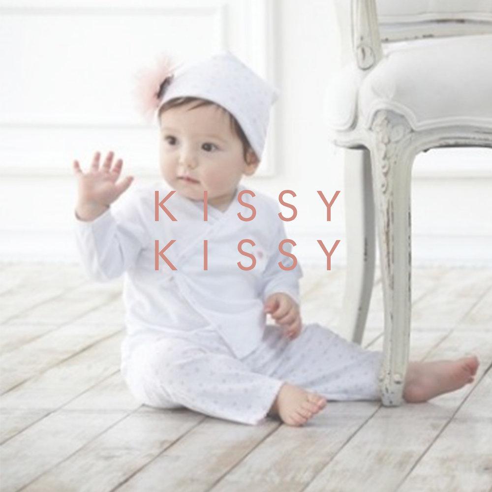 kissy kissy.jpg