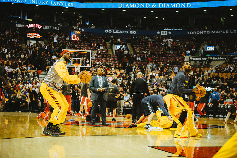 Lebron James and Kyrie Irving Jumpshot during warmup NBA Game Cleveland Cavaliers VS Toronto Raptors