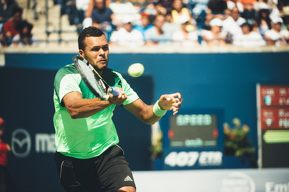 2014-Rogers-Cup-Final-Mens-Singles-Tennis-Roger-Federer-Jo-Wilfred-Tsonga-Entrace-Return-Ball.jpg