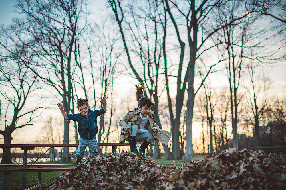 Kingston-Family-Lifestyle-Portrait-Session--Kids-Jumping-Leaves.jpg