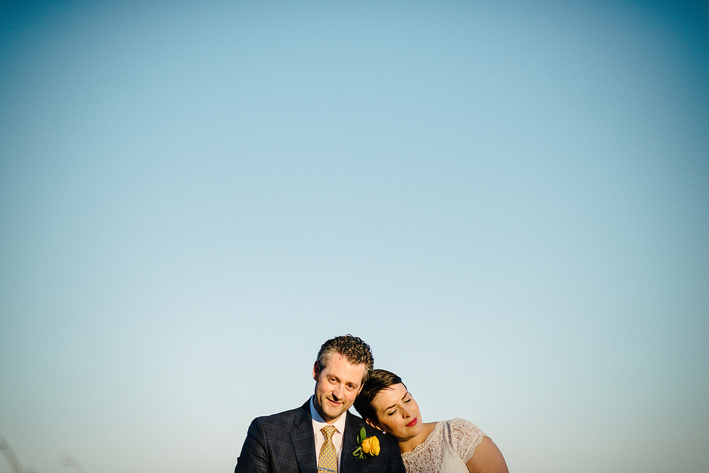 toronto-oakville-wedding-bride-groom-portrait-sky2.jpg