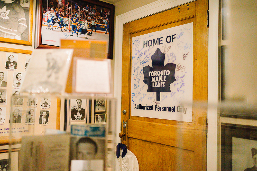 3bphoto_RIP2015_KodakFilm_Portra_Documentary-Photography-_-Toronto-Star_-Toronto-Canada_Photojournalism_-Hockey-Collector_Environmental-Portrait_Toronto-Maple-Leafs_jersey_Vintage-Lockerroom.jpg