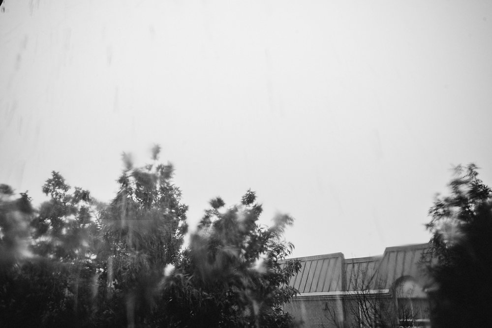 Toronto wedding photographer 3B Photography documentary shot of rainy wedding day, moody and dramatic