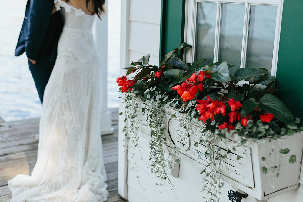 Toronto-Wedding-Photography-Muskoka-Wedding-Lakeside-Forest-Theme-Boho-Bride-JuneBug-Weddings-alternative-artistic-documentary-wedding-photographer-portraits-bride-and-groom-boathouse-models-loversland-bridal-details.jpg